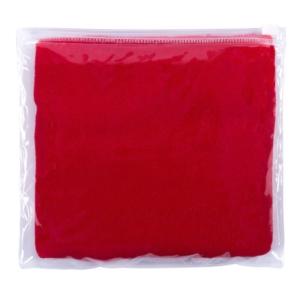 dettagli asciugamano in microfibra a mano rosso